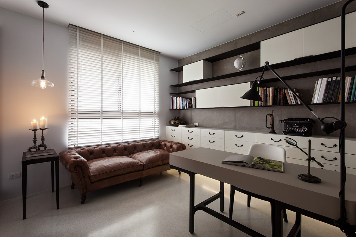 Contemporary-Office-with-Antique-Sofa